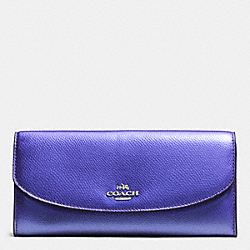POP SLIM ENVELOPE IN CROSSGRAIN LEATHER - SILVER/METALLIC PURPLE IRIS - COACH F52628