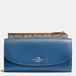COACH POP SLIM ENVELOPE IN CROSSGRAIN LEATHER - SILVER/SLATE - F52628