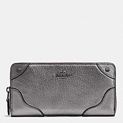 COACH MICKIE ACCORDION ZIP WALLET IN GRAIN LEATHER - ANTIQUE NICKEL/SILVER - F52645