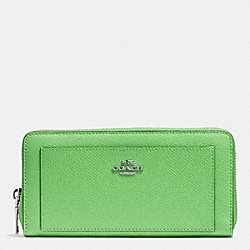COACH ACCORDION ZIP WALLET IN LEATHER - SILVER/PISTACHIO - F52648