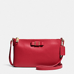 COACH EAST/WEST CROSSBODY WITH BOW IN LEATHER - LIGHT GOLD/RED - F52698