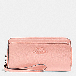 COACH DOUBLE ACCORDIAN ZIP WALLET IN PEBBLE LEATHER - SILVER/BLUSH - F52718