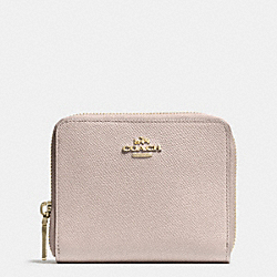 COACH MEDIUM CONTINENTAL WALLET IN CROSSGRAIN LEATHER - LIGHT GOLD/GREY BIRCH - F52766