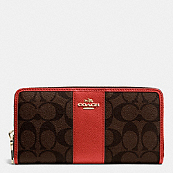 COACH ACCORDION ZIP WALLET IN SIGNATURE CANVAS WITH LEATHER - IMITATION GOLD/BROWN/CARMINE - F52859
