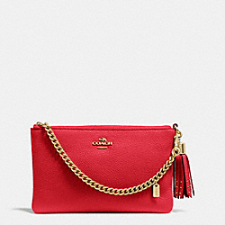 COACH PRAIRIE ZIP WRISTLET IN PEBBLE LEATHER - LIGHT GOLD/RED - F52943