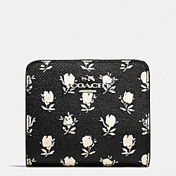 COACH SMALL WALLET IN PRINTED CROSSGRAIN LEATHER - SILVER/BK PCHMNT BDLND FLR - F52966