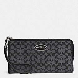 COACH ZIPPY WALLET IN EMBOSSED SIGNATURE - SILVER/CHARCOAL - F52997