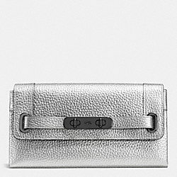 COACH COACH SWAGGER WALLET IN PEBBLE LEATHER - DARK GUNMETAL/SILVER - F53028