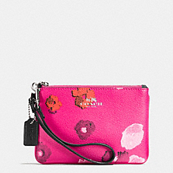 SMALL WRISTLET IN FLORAL PRINT CANVAS - SILVER/PINK MULTICOLOR - COACH F53130