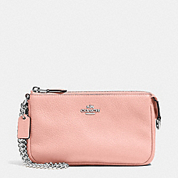COACH LARGE WRISTLET 19 IN PEBBLE LEATHER - SILVER/BLUSH - F53340