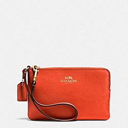 CORNER ZIP WRISTLET IN CROSSGRAIN LEATHER - IMITATION GOLD/PEPPERPER - COACH F53429