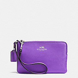 COACH CORNER ZIP WRISTLET IN CROSSGRAIN LEATHER - SILVER/PURPLE IRIS - F53429
