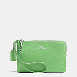COACH CORNER ZIP WRISTLET IN CROSSGRAIN LEATHER - SILVER/PISTACHIO - F53429