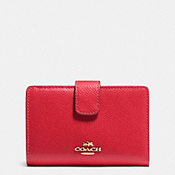 MEDIUM CORNER ZIP WALLET IN CROSSGRAIN LEATHER - IMITATION GOLD/CLASSIC RED - COACH F53436