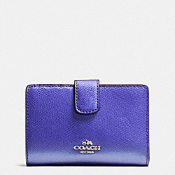 COACH MEDIUM CORNER ZIP WALLET IN CROSSGRAIN LEATHER - SILVER/METALLIC PURPLE IRIS - F53436