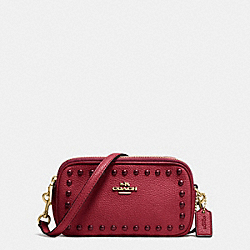 CROSSBODY POUCH IN LACQUER RIVETS PEBBLE LEATHER - f53450 - LIGHT GOLD/BLACK CHERRY