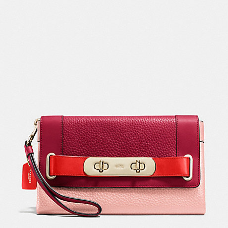COACH f53462 COACH SWAGGER CLUTCH IN COLORBLOCK PEBBLE LEATHER LIGHT GOLD/BLACK CHERRY