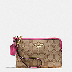 COACH CORNER ZIP WRISTLET IN SIGNATURE - IMITATION GOLD/KHAKI/DAHLIA - F53536