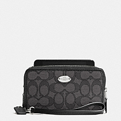 COACH DOUBLE ZIP PHONE WALLET IN SIGNATURE - SILVER/BLACK SMOKE/BLACK - F53537