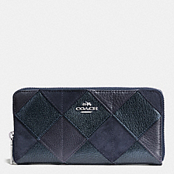 COACH ACCORDION ZIP WALLET IN PATCHWORK LEATHER - SILVER/BLUE MULTICOLOR - F53643