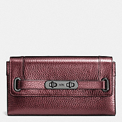 COACH SWAGGER WALLET IN METALLIC PEBBLE LEATHER - BLACK ANTIQUE NICKEL/METALLIC CHERRY - COACH F53682