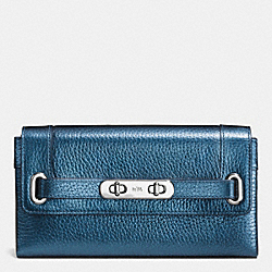 COACH SWAGGER WALLET IN METALLIC PEBBLE LEATHER - SILVER/METALLIC BLUE - COACH F53682