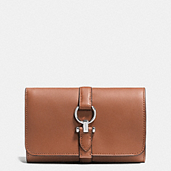 COACH COACH NOMAD MEDIUM WALLET IN GLOVETANNED LEATHER - SILVER/SADDLE - F53714