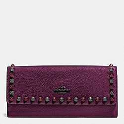 COACH OUTLINE STUDS SOFT WALLET IN PEBBLE LEATHER - BLACK ANTIQUE NICKEL/PLUM - F53761