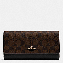 COACH TRIFOLD WALLET IN SIGNATURE - IMITATION GOLD/BROWN/BLACK - F53763
