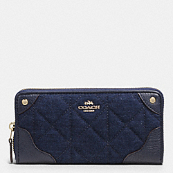 COACH MICKIE ACCORDION ZIP WALLET IN DENIM SIGNATURE COATED CANVAS - IMITATION GOLD/DENIM - F53781