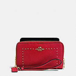 COACH EDGE STUDS DOUBLE ZIP PHONE WALLET IN CROSSGRAIN LEATHER - LIGHT GOLD/TRUE RED - F53812