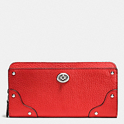 COACH MERCER ACCORDION ZIP WALLET IN GRAIN LEATHER - SILVER/CARMINE - F53882