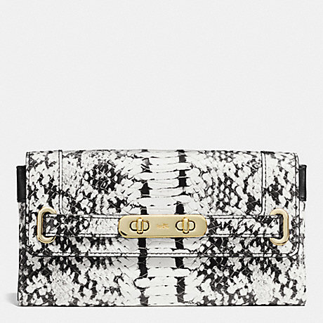 COACH COACH SWAGGER WALLET IN COLORBLOCK EXOTIC EMBOSSED LEATHER - LIGHT GOLD/BLACK - f53888