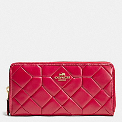 COACH CANYON QUILT ACCORDION ZIP WALLET IN CALF LEATHER - LIGHT GOLD/TRUE RED - F53889