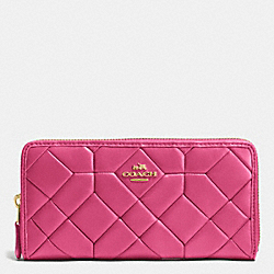 CANYON QUILT ACCORDION ZIP WALLET IN CALF LEATHER - LIGHT GOLD/DAHLIA - COACH F53889