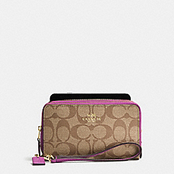 COACH DOUBLE ZIP PHONE WALLET IN SIGNATURE - IMITATION GOLD/KHAKI/HYACINTH - F53937