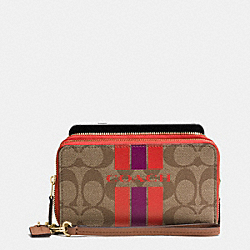 COACH COACH VARSITY STRIPE DOUBLE ZIP PHONE WALLET IN SIGNATURE - IMITATION GOLD/KHAKI/WATERMELON - F54005