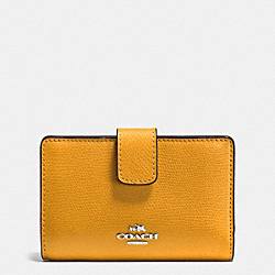 COACH MEDIUM CORNER ZIP WALLET IN CROSSGRAIN LEATHER - SILVER/MUSTARD - F54010