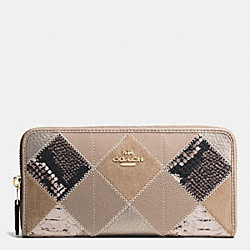 COACH ACCORDION ZIP WALLET IN PATCHWORK SUEDE AND EXOTIC EMBOSSED LEATHER - IMITATION GOLD/GREY BIRCH MULTI - F54021