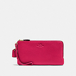 COACH DOUBLE ZIP WALLET IN PEBBLE LEATHER - IMITATION GOLD/BRIGHT PINK - F54056