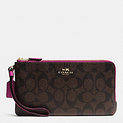 COACH DOUBLE ZIP WALLET IN SIGNATURE - IMITATION GOLD/BROWN/FUCHSIA - F54057