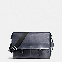 COACH HENRY MESSENGER IN PEBBLE LEATHER - MIDNIGHT - F54149