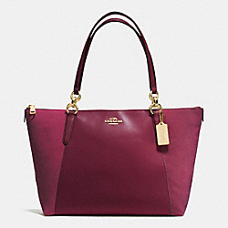 COACH AVA TOTE IN LEATHER AND SUEDE WITH CROC EMBOSSED LEATHER TRIM - IMITATION GOLD/BURGUNDY - F54579