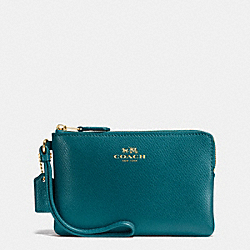 CORNER ZIP WRISTLET IN CROSSGRAIN LEATHER - IMITATION GOLD/ATLANTIC - COACH F54626