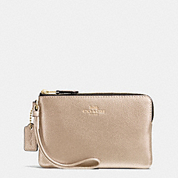 COACH CORNER ZIP WRISTLET IN CROSSGRAIN LEATHER - IMITATION GOLD/PLATINUM - F54626