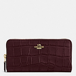 COACH ACCORDION ZIP WALLET IN CROC EMBOSSED LEATHER - IMITATION GOLD/OXBLOOD - F54757