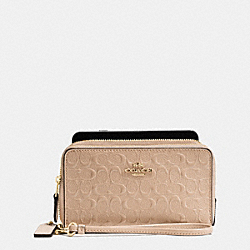 COACH DOUBLE ZIP PHONE WALLET IN SIGNATURE DEBOSSED PATENT LEATHER - IMITATION GOLD/BEECHWOOD - F54808
