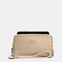 COACH DOUBLE ZIP PHONE WALLET IN SIGNATURE DEBOSSED PATENT LEATHER - IMITATION GOLD/PLATINUM - F54808