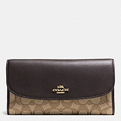 CHECKBOOK WALLET IN OUTLINE SIGNATURE - IMITATION GOLD/KHAKI/BROWN - COACH F55202