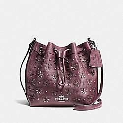COACH MINI DRAWSTRING SHOULDER BAG WITH FLORAL STUDS - IMITATION GOLD/OXBLOOD 1 - F55630